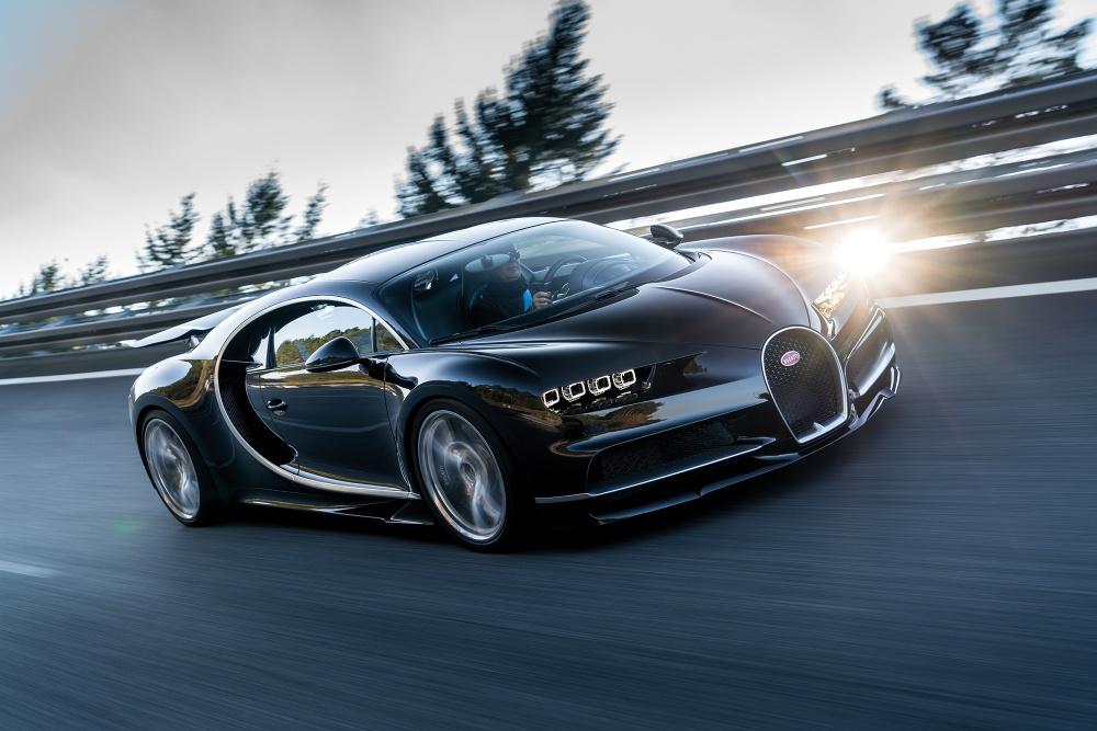 Bugatti-Chiron-Photos